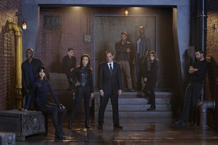 Agents of SHIELD - Season 2 - Promotional Cast Group Photo